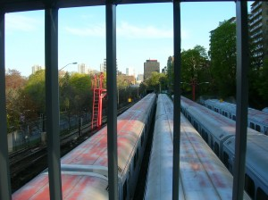 Davisville Subway - facing South