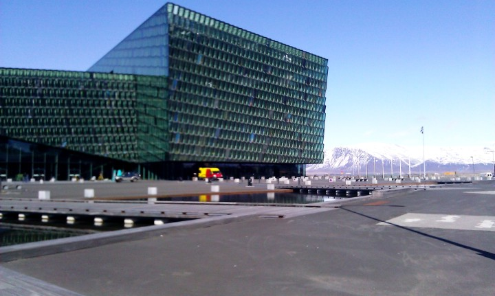 Harpa, the most beautiful instrument, is the name of this fabulous building in Reykjavik. A concert hall, conference place, a building with a drama to tell about its upcoming. *** TIP Take the tour and enjoy at least one event in this 21st century concert place. It has several concert halls, a fab restaurant at the top, magic light and Mount Esja as neighbour.