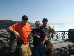A treia fecioreasca baimareana, cu Aron Gorog invitat. Niagara Falls, Ontario, august 2012.