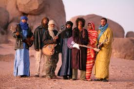 Tinariwen - tribalnici Saharieni cu chitari.