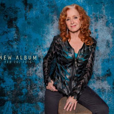 "Bonnie Raitt - coperta albumului 2016 ""Dig in Deep"""