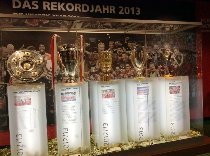 A reminder of the sustained power of Bayern Munich: the trophies collected in the exceptional year 2013, including the Champions League.